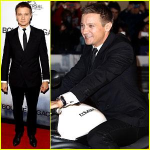 Jeremy Renner: 'Bourne Legacy' Sydney Premiere!