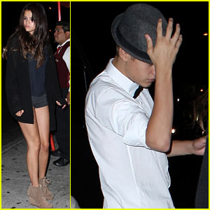 Justin Bieber & Selena Gomez: Laugh Factory Date!