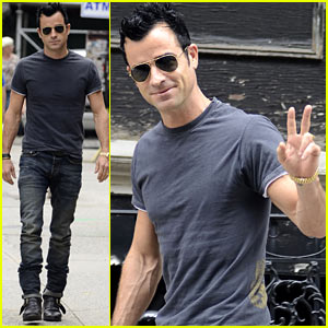 Justin Theroux Steps Out Post Jennifer Aniston Engagement
