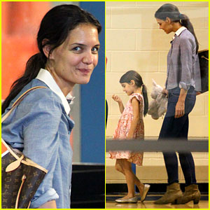 Katie Holmes: 'Dead Accounts' Moves Opening Night Back