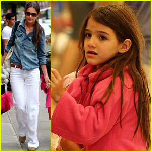 Katie Holmes & Suri 'Make Meaning' in New York City