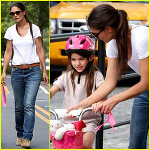 Katie Holmes Teaches Suri Cruise to Ride a Bike!