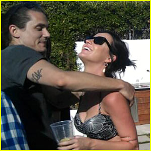 Katy Perry & John Mayer Embrace At a Pool Party!