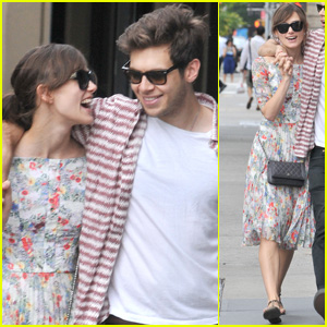 Keira Knightley & James Righton: Sunday Soho Stroll!