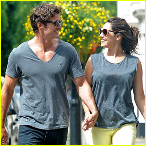 Kelly Brook & Thom Evans: London Pub Pair!