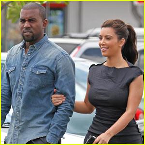 Kim Kardashian & Kanye West: Frozen Yogurt Couple!