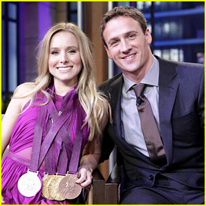 Kristen Bell Wears Ryan Lochte's Olympic Medals!