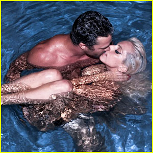 Lady Gaga: Skinny Dipping with Taylor Kinney!