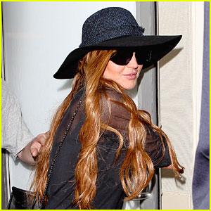 Lindsay Lohan: LAX with Dina & Cody!