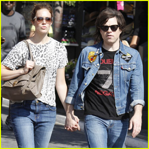 Mandy Moore Ryan Adams The Grove Ping