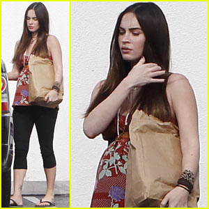 Megan Fox: Baby Bumpin' in Burbank!