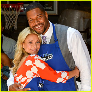 Michael Strahan: Kelly Ripa's 'Live! with Kelly' Co-Host?