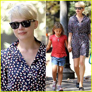 Michelle Williams: Summer Camp with Matilda!