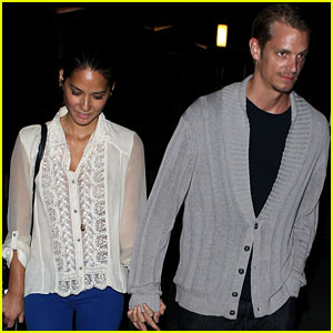 Olivia Munn & Joel Kinnaman: ArcLight Couple!