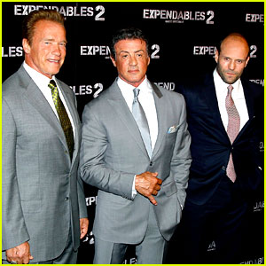 Schwarzenegger, Stallone, & Statham: 'Expendables 2' Paris Premiere!