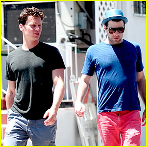 Zachary Quinto & Jonathan Groff: Mustard Seed Brunch!