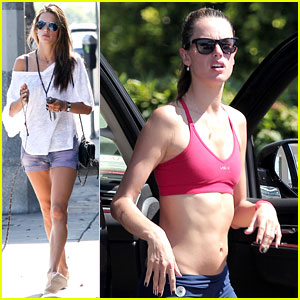 Alessandra Ambrosio Bares Toned Tummy After Yoga!