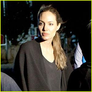 Angelina Jolie Visits Syrian Refugees in Jordan