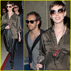 Anne Hathaway: LAX Arrival with Adam Shulman!