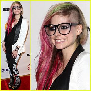 Avril Lavigne: 'Abbey Dawn' Fashion Show!