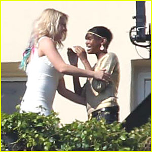 Britney Spears Films 'X Factor' At Her House!