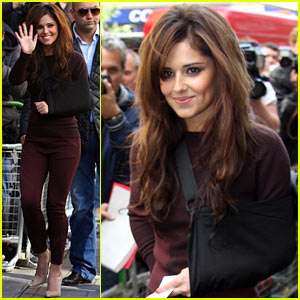 Cheryl Cole Steps Out After Car Accident