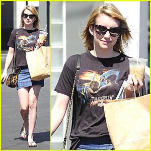 Emma Roberts: 'Fahrenheit 451' Book Worm!