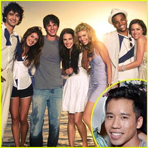 Just Jared: '90210' Cameo in November!