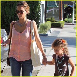 Jessica Alba: Andy LeCompte Salon with Honor!