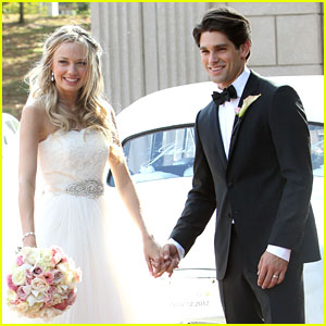 Justin Gaston Weds Melissa Ordway - First Wedding Pictures!