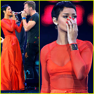 Rihanna: Paralympics Closing Ceremony Performance with Coldplay - Watch Now!