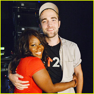 Robert Pattinson Meets Cancer Survivor at SU2C Telecast!