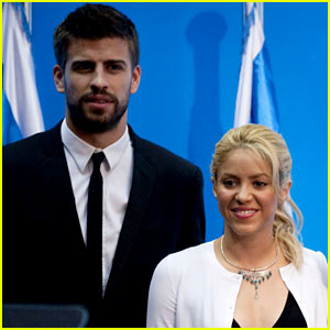 Shakira Expecting First Child with Gerard Pique!