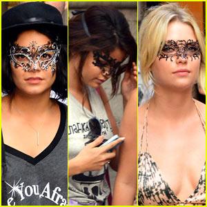 Vanessa Hudgens & Selena Gomez: Masked Beauties in Venice!
