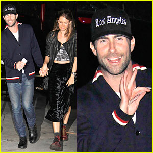 Adam Levine & Behati Prinsloo: Lakers Game Couple!