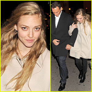 Amanda Seyfried: Darby Dinner with Mystery Man
