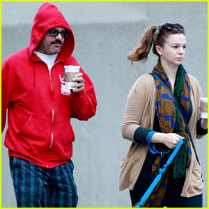 Amber Tamblyn & David Cross: Dog Walking Duo!