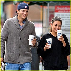 Ashton Kutcher & Mila Kunis: Coffee Couple!