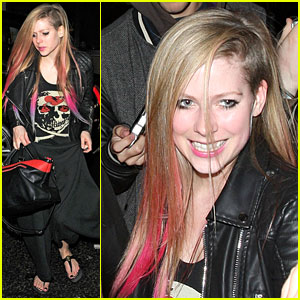 Avril Lavigne Makes Billboard's Top 100 Pop Songs List!