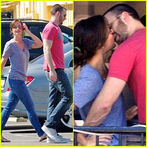 Chris Evans & Minka Kelly Kiss Over Tacos