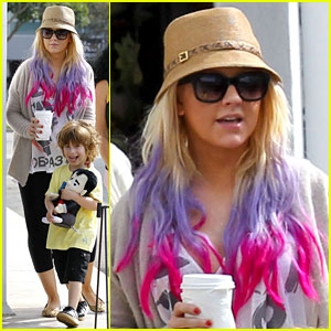 Christina Aguilera &#038; Matthew Rutler: Shopping with Max!