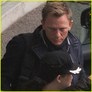 Daniel Craig: New 'Skyfall' Trailer - Watch Now!
