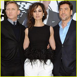 Daniel Craig & Javier Bardem: 'Skyfall' Paris Photo Call!
