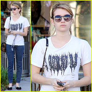 Emma Roberts Promotes Earth Day 4.22!