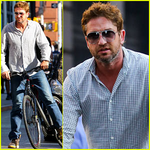 Gerard Butler: Big Apple Bike Ride!