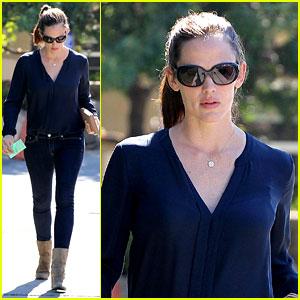Jennifer Garner: Lunch Meeting in Brentwood!