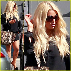 Jessica Simpson: Lots of Sunday Night Television Starting Up!