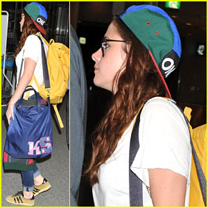Kristen Stewart Jets Out of Japan!