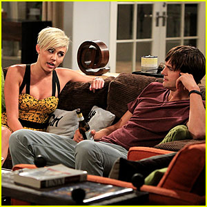 Miley Cyrus: New 'Two And a Half Men' Stills!