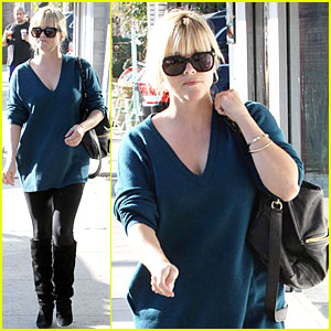 Reese Witherspoon: Hal's Bar & Grill Gal!